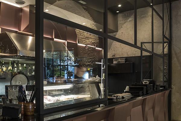 ristorante-tikimaki125806CF19-899C-6E05-376F-D9A5297C1DB5.jpg